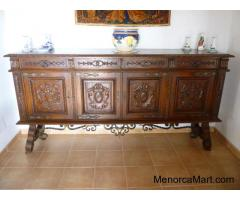 Spectactular Sideboard